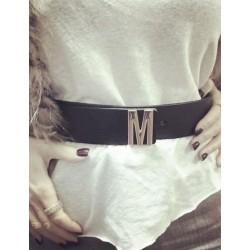 Černý pásek s písmenkem Mia Bag