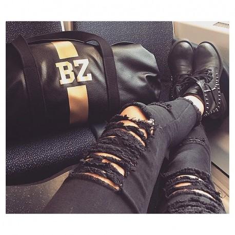 Černá kožená taška - válec - zlatý pás